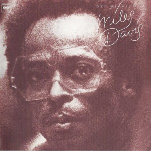 Foto 1 - Miles Davis - Get Up with It back