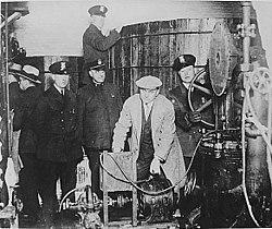 250px-Detroit_police_prohibition